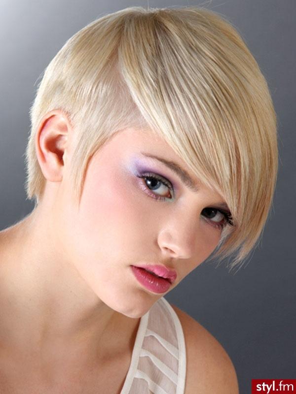 "<h2>Magdalena Dziak</h2><a href=""http://styl.fm/item/1671332"" target=""_blank"">http://styl.fm/item/1671332</a>"