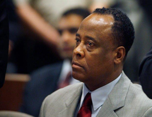 Conrad Murray został w 2011 roku skazany na cztery lata więzienia za nieumyślne spowodowanie śmierci Michaela Jacksona. Z więzienia ma wyjść jednak już w tym miesiącu.