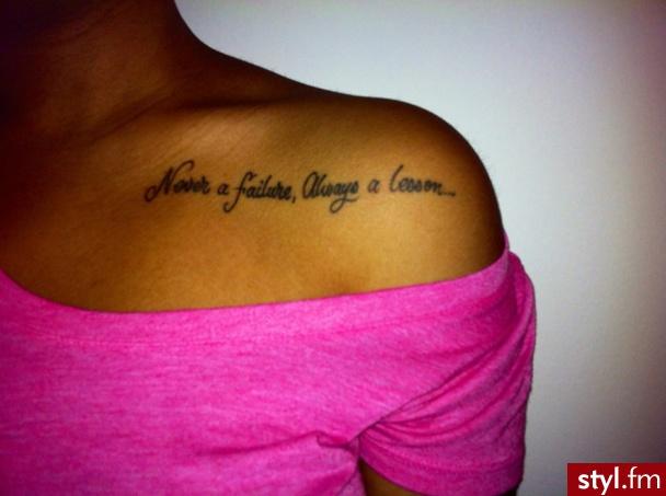 Tatuaże Czarno Białe Napisy Zobacz Zdjęcia