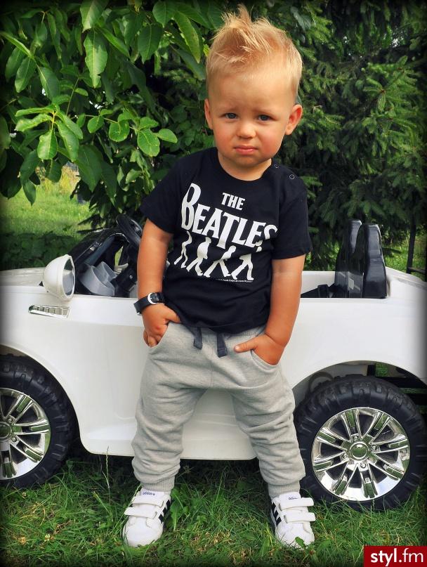 Dziecko u fryzjera: fryzury dla chłopców
