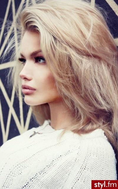 Fryzury średniej Długości Dla Blondynek