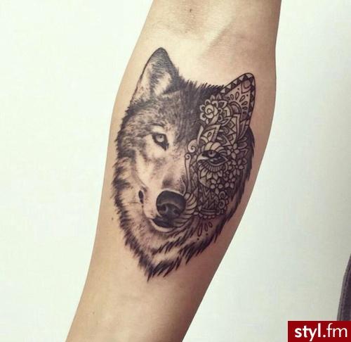 Tatuaże Na Przedramię Oraz Nadgarstek Stylowe I Pasjonujące