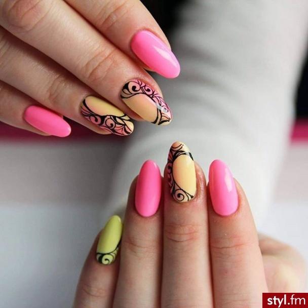 920e315717d47 Najnowsze inspiracje manicure - TRENDY NA TEN SEZON!