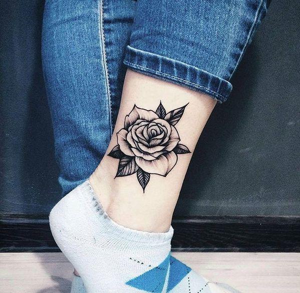 Tatuaż W Okolicy Kostki Oryginalne I Piękne Wzory Które