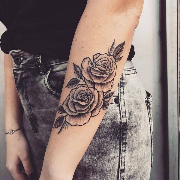 Tatuaż Róża 40 Niesamowitych Wzorów Dla Dziewczyn