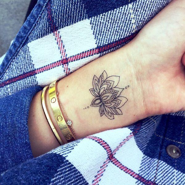Kwiat Lotosu 21 Niezwykle Kobiecych Tatuaży Które Cię Urzekną
