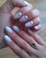 Blondi Nails