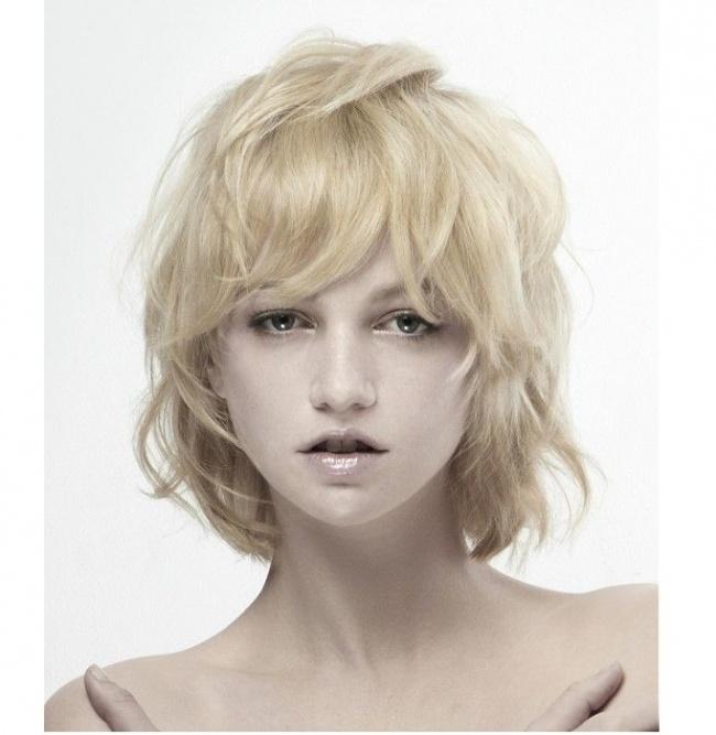 Idealne Półdługie Fryzury Dla Cienkich Pozbawionych Objętości Włosów