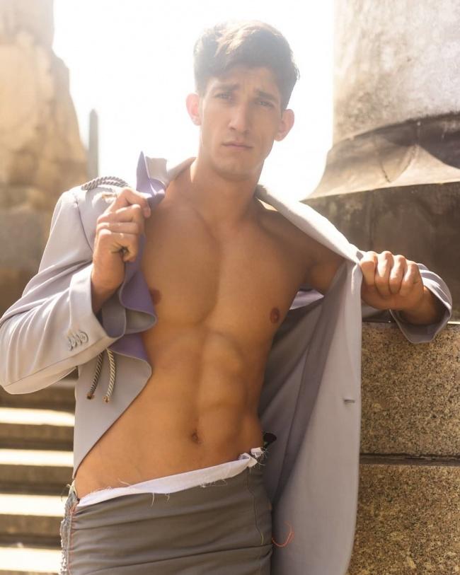Michał Baryza zdobył sławę w Top Model. Zobaczcie, które zdjęcie tak oburzyło internautów!