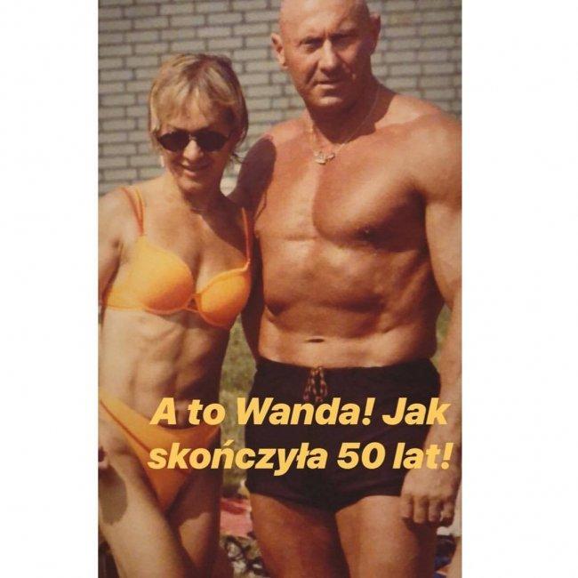 Mama Dody w bikini